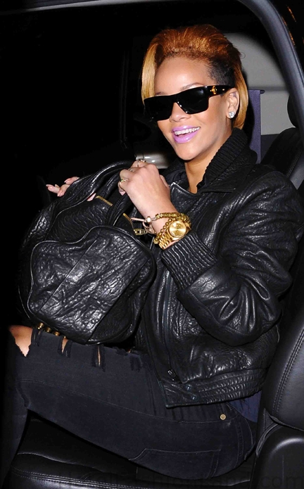 RIRI leaving the studio in NYC
