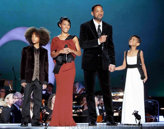 will smith family 2009. Jada Pinkett Smith and Will