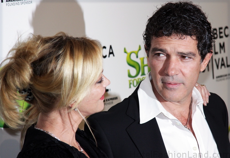 melanie-griffith-and-antonio-bandares